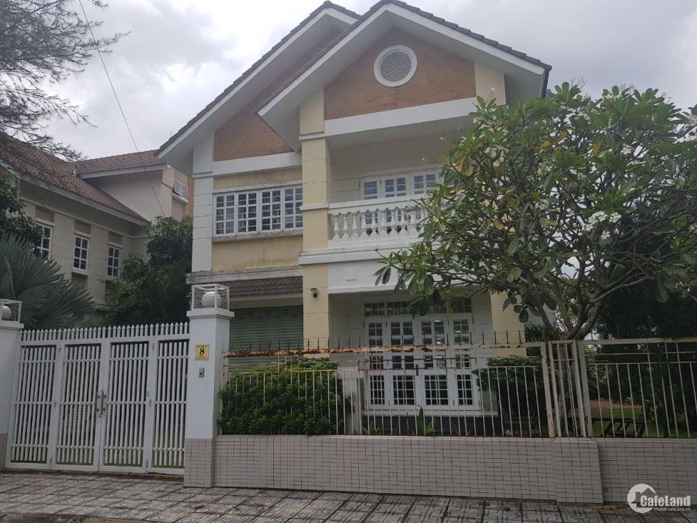 Cần bán gấp căn biệt thự tại Nguyễn duy trinh tại quận 9.