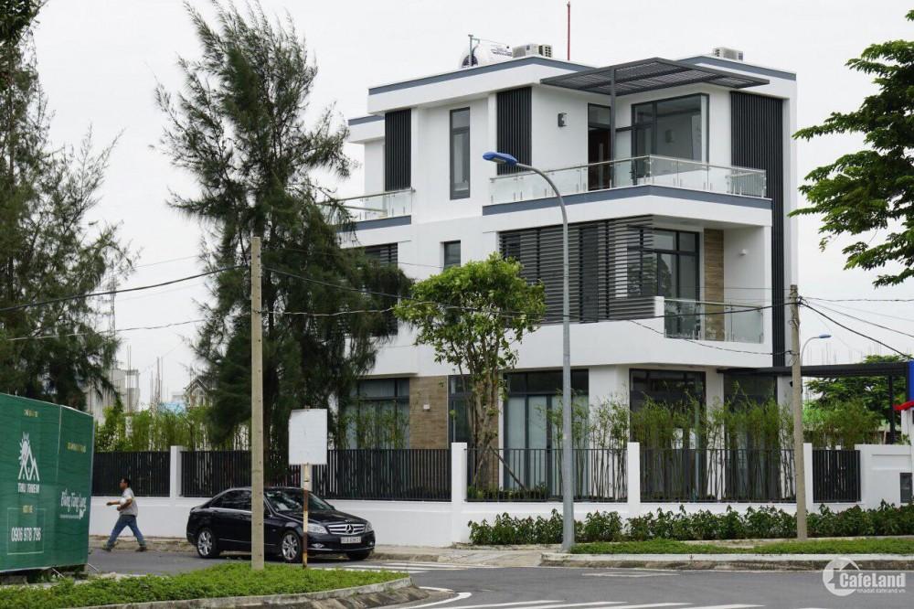 Cần bán gấp một nền biệt thự song lập tại mặt tiền đường Nguyễn Duy Trinh Quận9