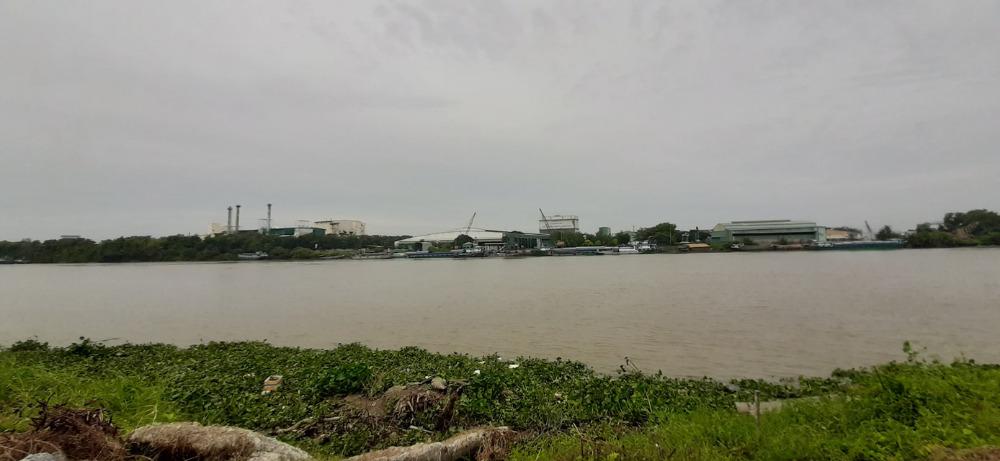 Nhà Phố Ven Sông Vàm Cỏ Đông Nơi Tinh Hoa Hội Tụ