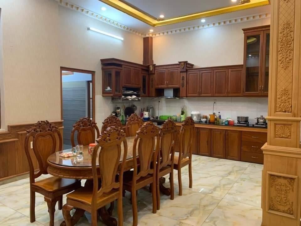 Hót Hót  nhà Hoàng Hoa Thám Phú Nhuận, HXH, 4 tầng, 50m2, giá 4.9 tỷ.