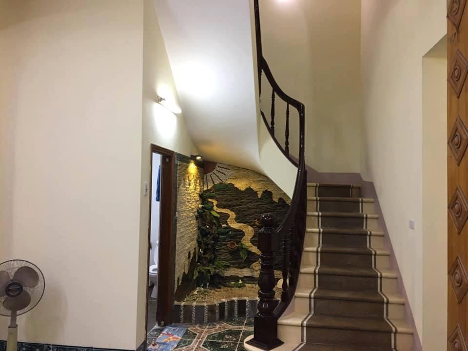 Bán nhà đẹp - hai mặt thoáng – ô tô đỗ cửa gần hồ Đền Lừ Hoàng Mai. Giá 4.0 tỷ