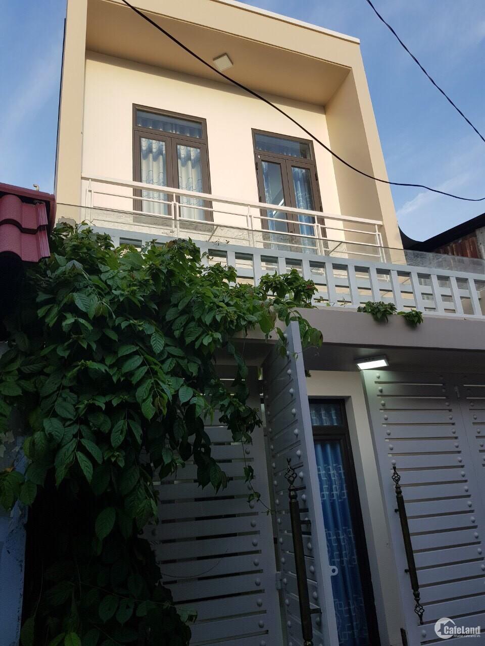 Cần bán căn nhà 1 trệt 1 lầu đường Bà Điểm 10 ,DT 75m2,có Sổ Hồng Riêng , giá 1,