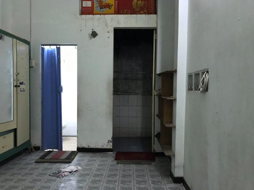 BÁN GẤP NHÀ LẠC LONG QUÂN, 25 m2, 3 TỶ
