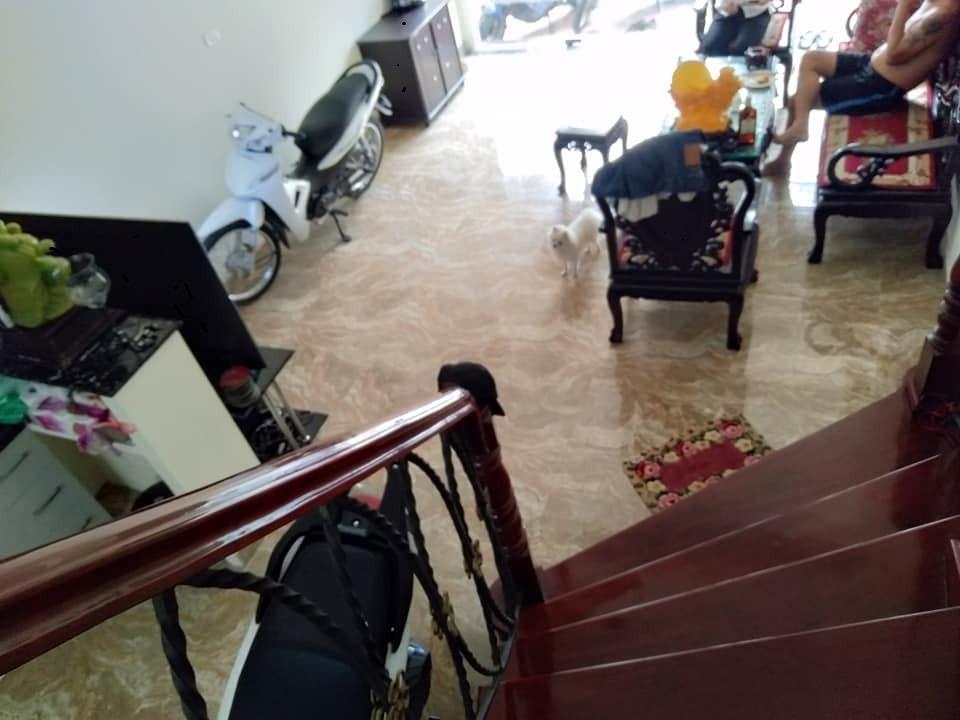 Bán nhà mặt ngõ ôtô view mặt hồ Tây Sơn  41m2 * 5 tầng. Giá 8,5 tỷ