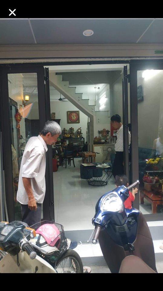 Chính chủ bán nhà Quốc Tử Giám 45m2 – Lô góc – Kinh doanh – Ô tô đỗ cửa.
