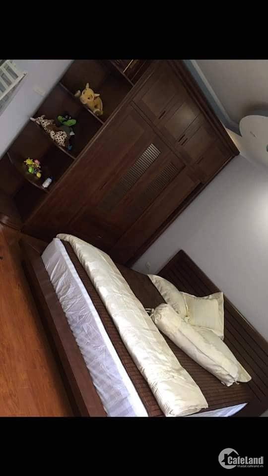 Bán nhà đẹp Bùi Ngọc Dương ngõ thông, 3 gác đỗ cửa, 35m2 giá 3.4 tỷ