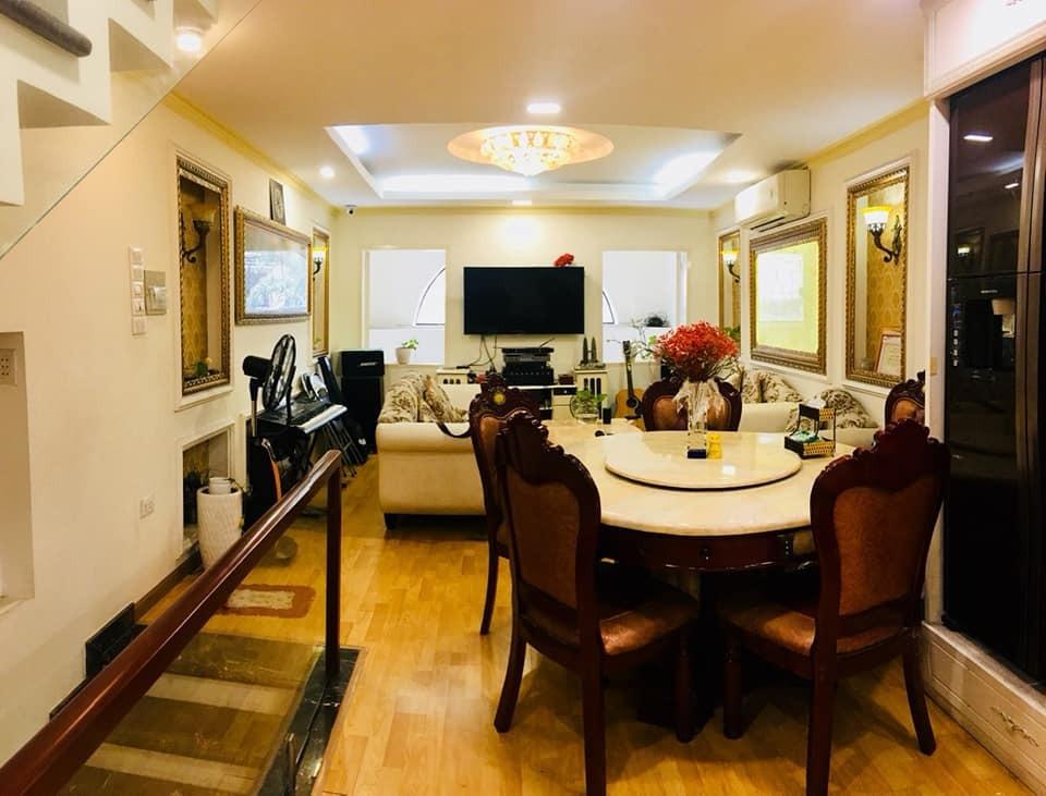 Nhà Quận 1, Đường Trần Quang Khải cần bán gấp chỉ 3,6 tỷ.