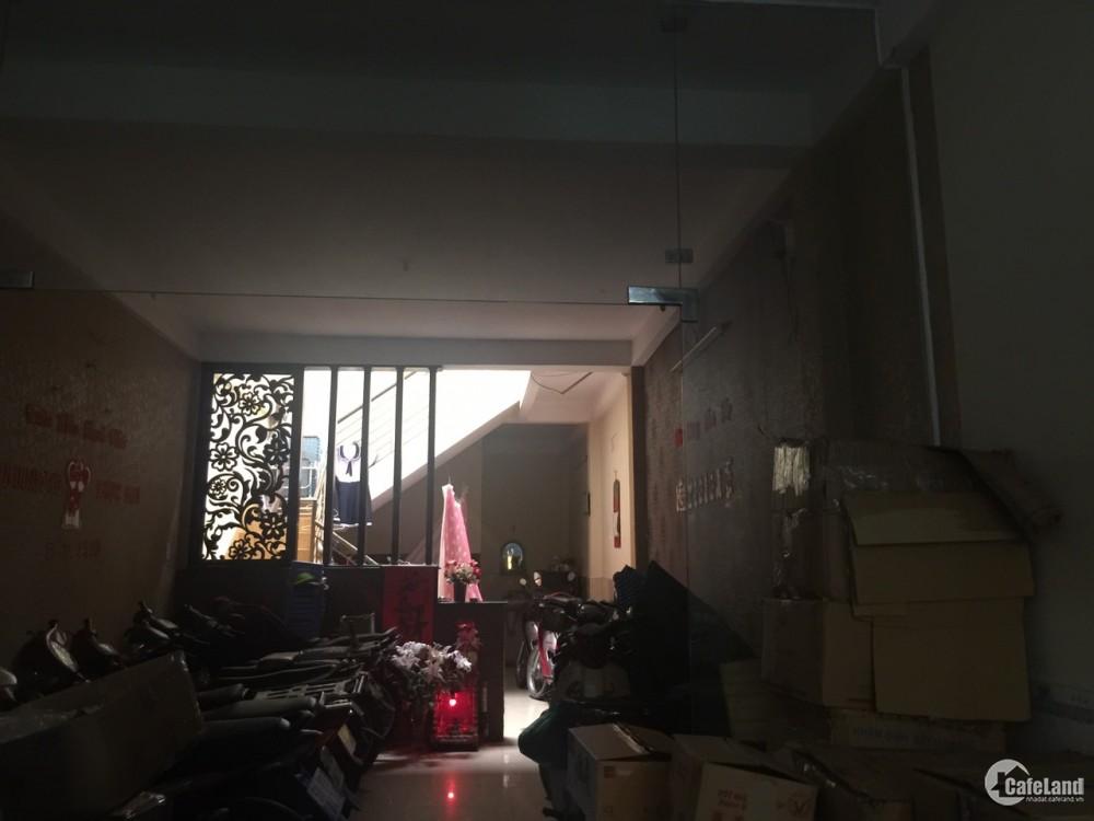 Bán nhà chính chủ 1 trệt 1 lầu tại P. 11, Q. Tân Bình, TP. HCM