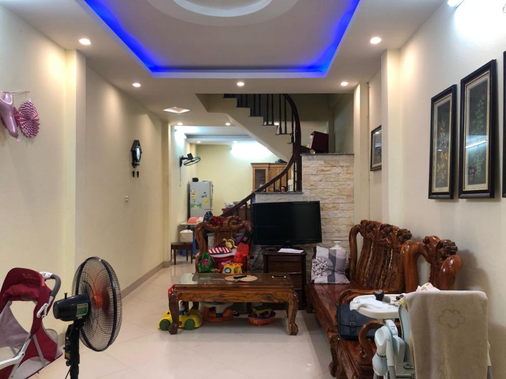 Bán nhà Khương Trung, Thanh Xuân 55m2 5tầng 4.2tỷ, ngõ trước nhà 4m