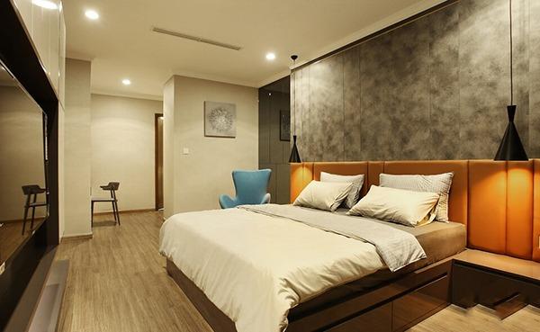 Nhà mặt ngõ Phú Diễn, KD tốt, Oto vào giá 4.8 tỷ, 72m2, MT 3,6m
