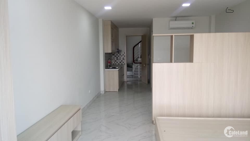 Cho thuê căn hộ studio Ngọc Thụy 50m2, full đồ. Giá 8triệu/th. LH 0967341626