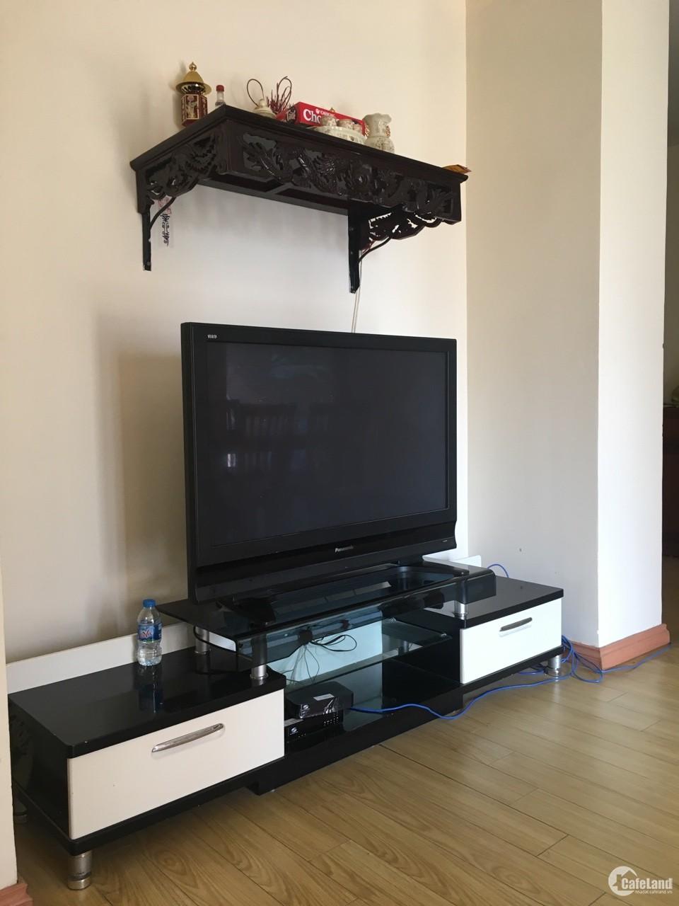 Cho thuê căn hộ Cienco 1, 110m2, 3PN, ngã tư Hoàng Đạo Thúy, 13 triệu.