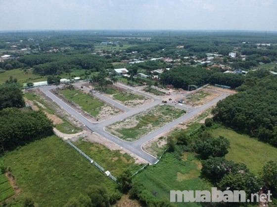 Cần vốn bán gấp lô đất mặt tiền đường Nguyễn Văn Khạ 650tr