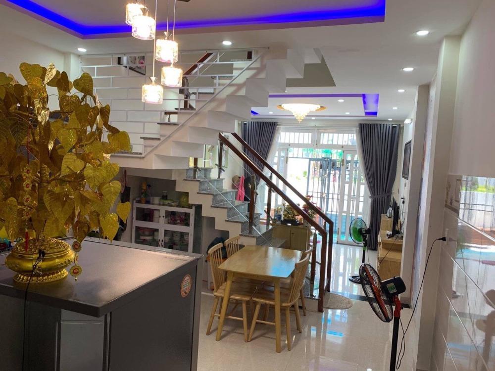 Cho thuê nhà 2 tầng MT đường Trần Cao Vân, Giá thuê: 26 triệu/tháng