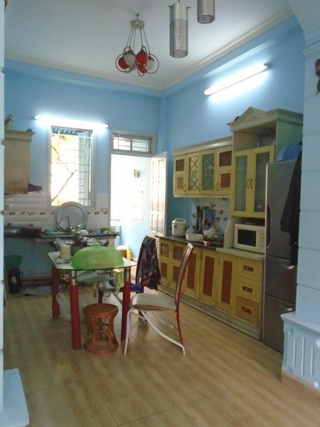 Cho thuê nhà riêng 2 ngủ Giang Biên Long Biên