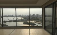 Bán Penthouse Saigon Pearl 220 m2 4 phòng ngủ nội thất dính tường