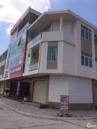 Bán nhà Shophouse 2 mặt tiền đối diện Trung tâm thương mại ngay quốc lộ 51