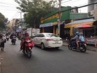 Bán nhà MTKD Tân Hương (ngay cổng chợ) Q.Tân Phú DT 5.8x14m cấp 4 đang cho thuê
