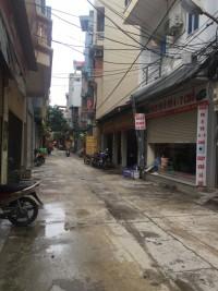 Ô tô kinh doanh đỉnh, phân lô Nguyễn Ngọc Nại nhỉnh 6 tỷ.