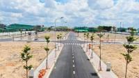 Dự án nằm ngay mặt tiền đường 30m,  ôm trọn 2 cụm khu công nghệ cao.