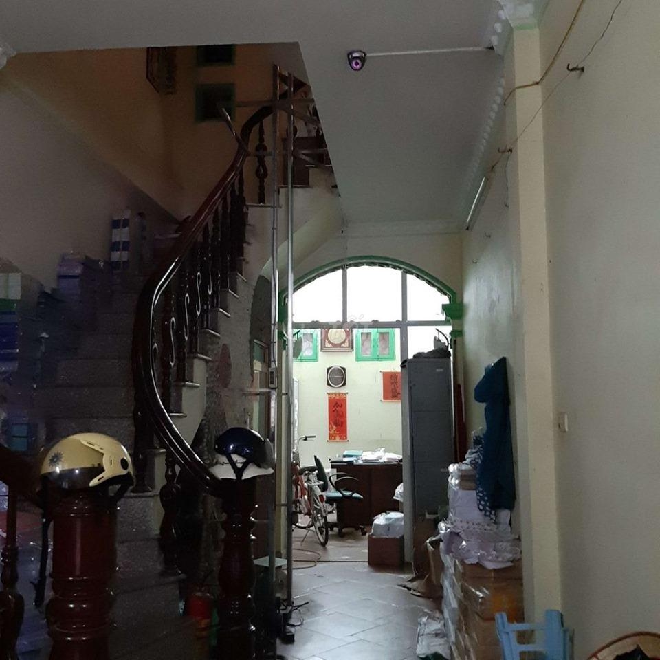 Cho thuê nhà Thái Thịnh HỘ GIA ĐÌNH ,VĂN PHÒNG ,CTY,TRUNG TÂM ĐÀO TẠO ,KJNH DOAN