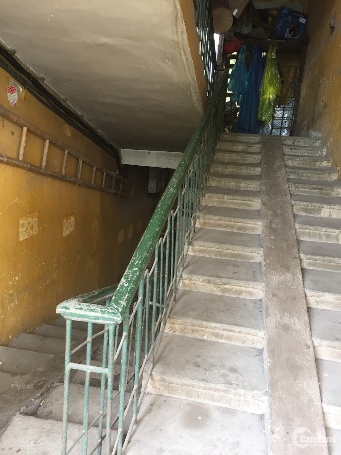 Bán căn hộ TT nhà A4, số 11 Ngọc Khánh, Giảng Võ, Ba Đình, Hà Nội.