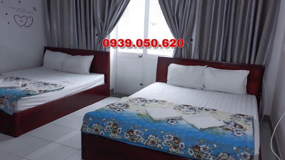 Bán Motel 14 phòng 101m2 đường Hoàng Hoa Thám, cách bãi sau 300m