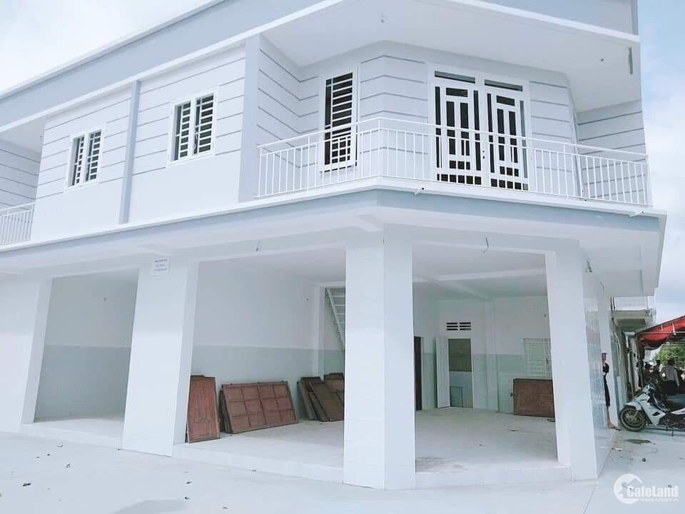 Bán đất nền có sẵn nhà, đã xây xong, sổ hồng sang tên ngay
