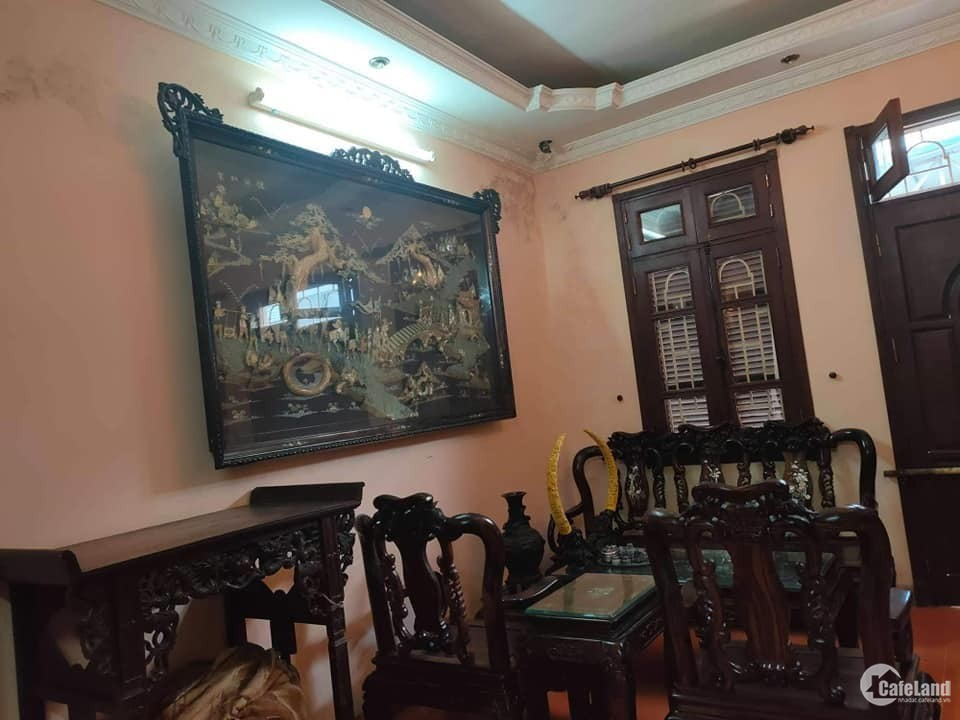 bán nhà mặt phố Hoàng Quốc Việt kinh doanh văn phòng giá rẻ 11,5 tỷ .  65m2