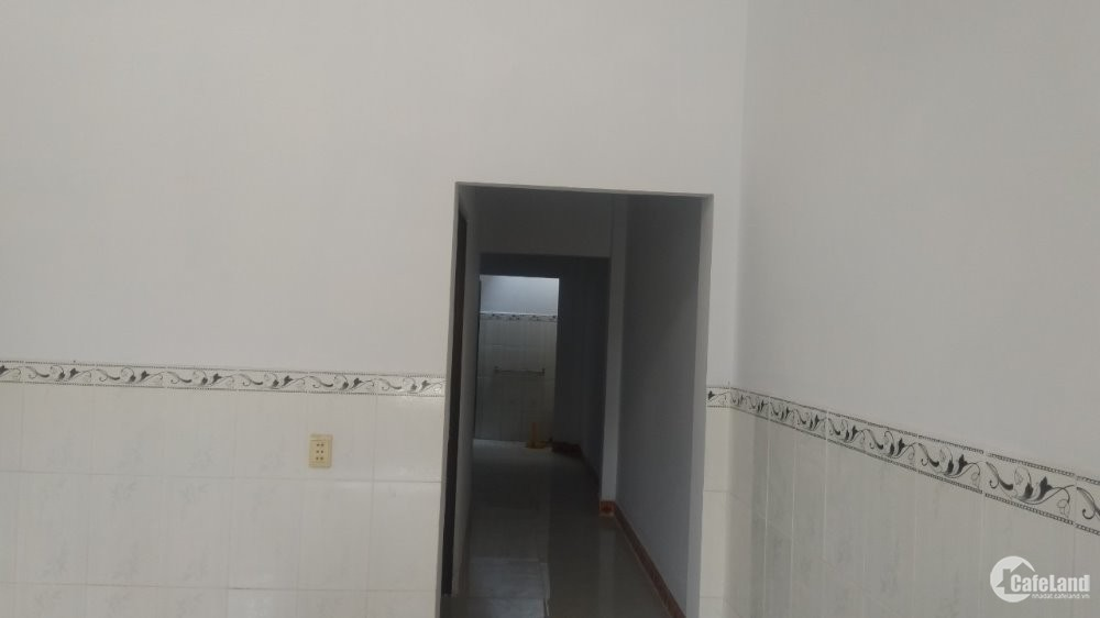Bán nhà cách Kcn Vĩnh Lộc 2km,diện tích 56m2, 2 PN,giá 1,5 tỷ.