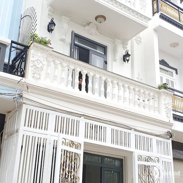 Bán gấp nhà phố 2 lầu hẻm xe hơi 1979 Huỳnh Tấn Phát Nhà Bè.