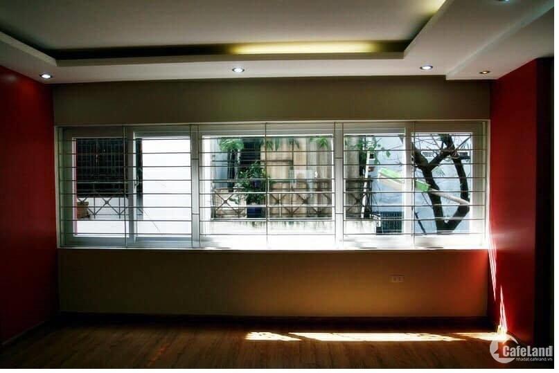 Nhà mặt phố Ngọc Lâm 65m2 lô góc 8.8 tỷ kinh doanh sầm uất 0981113692
