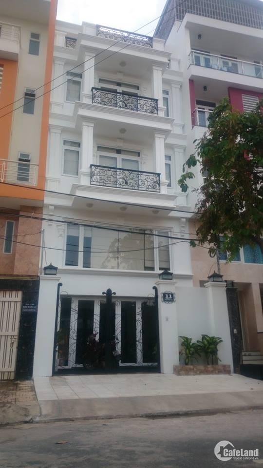 Cho thuê nguyên căn mặt tiền Trần Quang Khải, Quận 1, DT: 4.2x20m