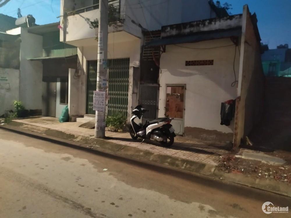 Cần bán nhà nát trên đường Lê Đình Cẩn, dt 48m2, giá 1.2 tỷ, SHR