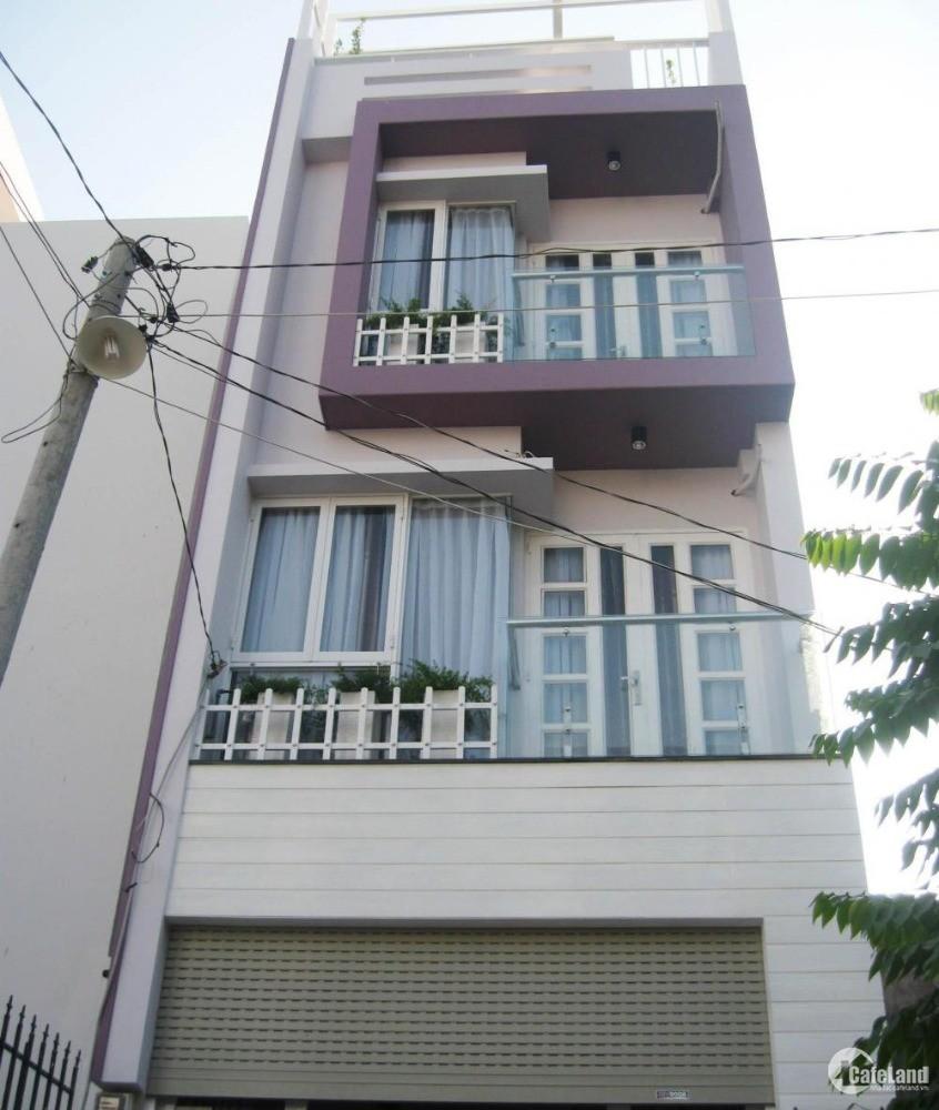 Cần bán gấp nhà HXH Trần Quang Diệu, Q. Phú Nhuận, 68m2, 6.7 tỷ TL
