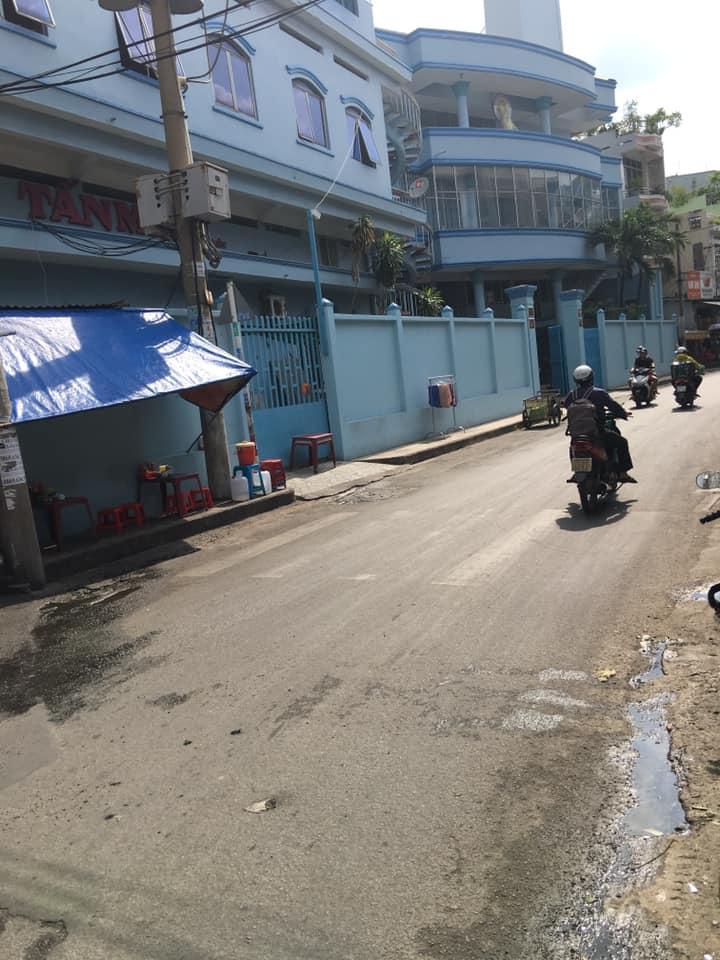 Bán nhà MT kinh doanh – Đông Hồ, Tân Bình Giá chỉ 10 Tỷ 5.
