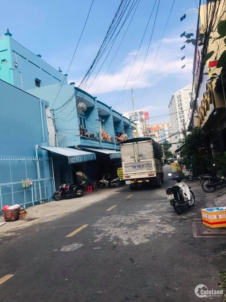 Bán nhà 3 lầu MT Trịnh Lỗi, PTH, Tân Phú (dt 4x20m, giá 8.6 tỷ)