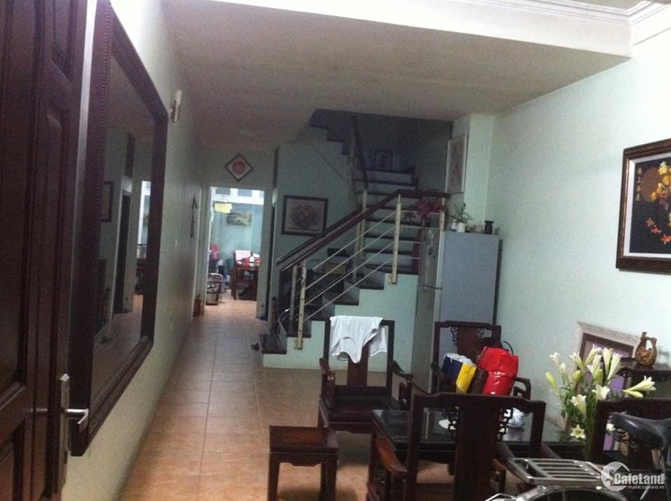 Bán nhà Kim Mã ngõ ô tô tránh, kinh doanh tấp nập 43m2 * 4 tầng. Giá 7,4 Tỷ .