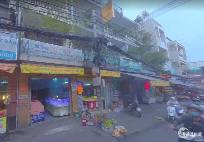 Chính chủ bán nhà MT đường Phan Văn Hân, Ngay Chợ Thị Nghè, GIá rẻ. 137,8m2.