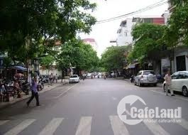Bán nhà phố Ngô Quyền, Hà Đông 1.9 tỷ, 28mx5T, ở được luôn