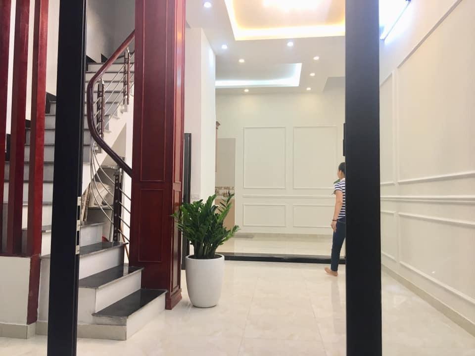 NHÀ ĐẸP…! Cực Hiếm bán nhà Phố Vọng 54m2, 5T, Giá 5,5 Tỷ.