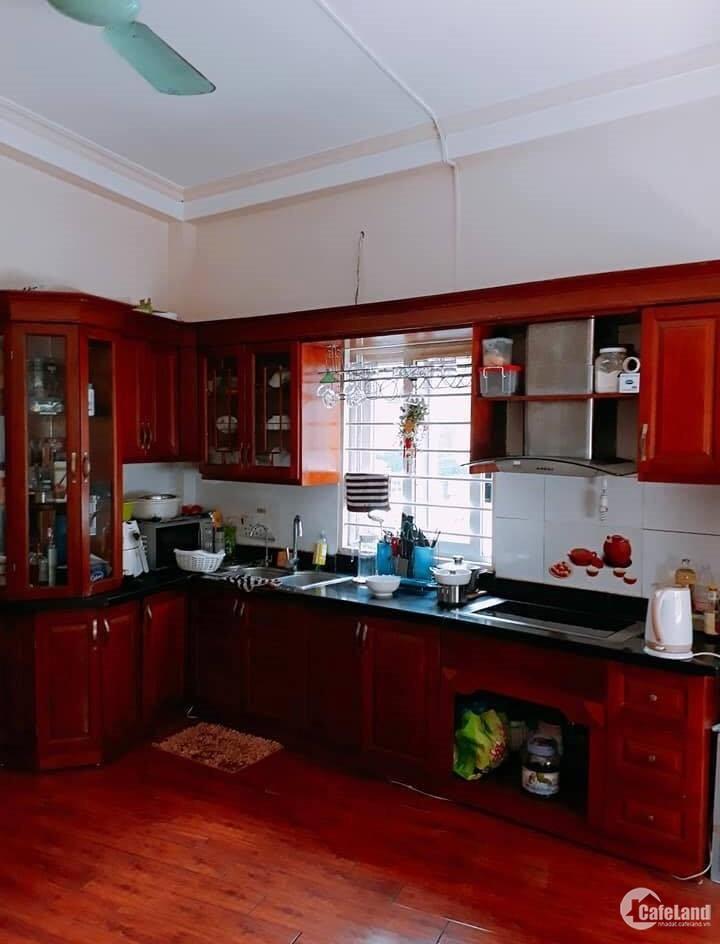 Bán nhà đẹp đủ full nội thất Trương Định 59m2 5T giá 3.65 tỷ.
