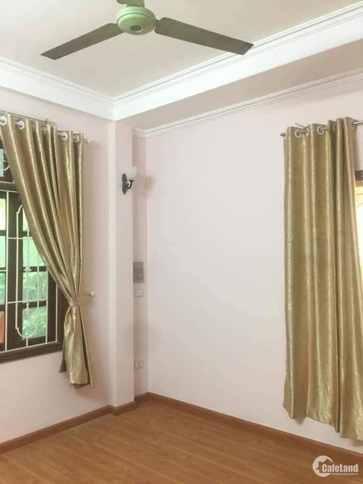 Chính chủ bán nhà tự xây,Lô góc 3 mặt thoáng phố Trương Định,Hai Bà Trưng .