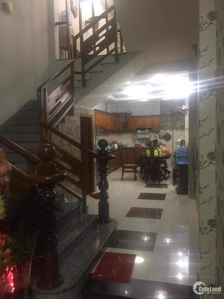 Bán nhà HXH đường Huỳnh Văn Bánh, Quận Phú Nhuận, 3 tầng, giá chỉ 4.3 tỷ TL