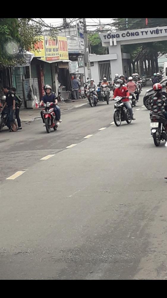 Cần bán  Nhà mặt tiền Lê Văn Chí, Linh Trung,Thủ đức,LH 0908795128.