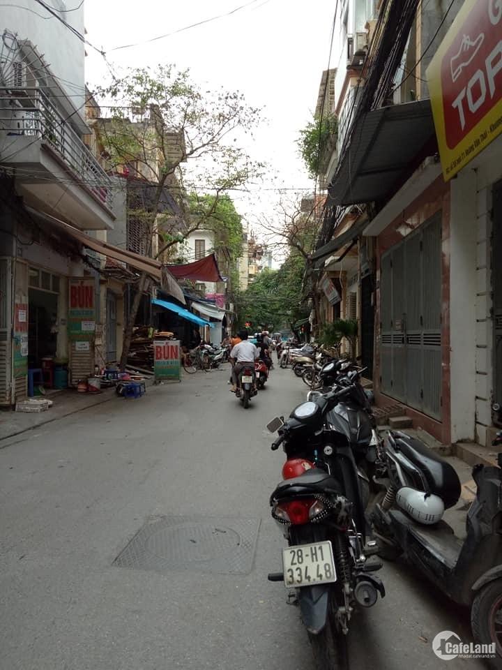 Nhà bán gấp,xây mới,phố Khương Đình,Thanh Xuân,35mx5T,giá 2.9 tỷ.