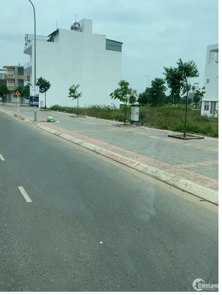Bán đất 48m2 phố Nguyễn Sơn kinh doanh vỉa hè 4.1 tỷ.