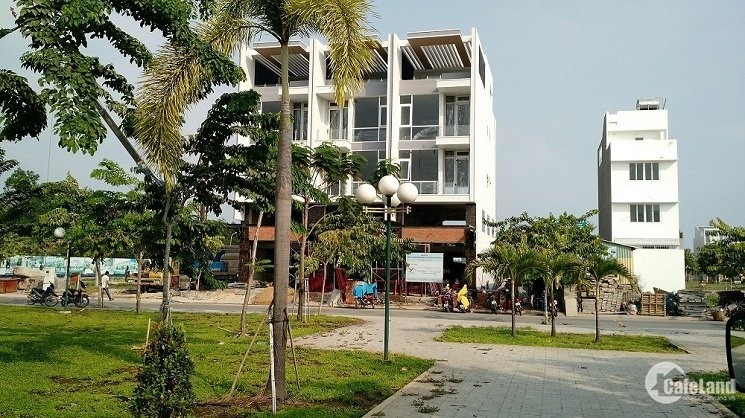 """Thanh lý 50 nền khu đất vàng TTHC Q2, đường Nguyễn Thị Định, Gía chỉ """"25tr/m2"""""""