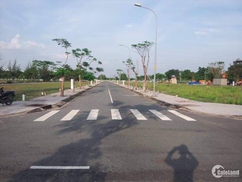 Cần tiền kinh doanh Tết, chính chủ bán gấp 360m2 đất gần Trường ĐH Quốc tế