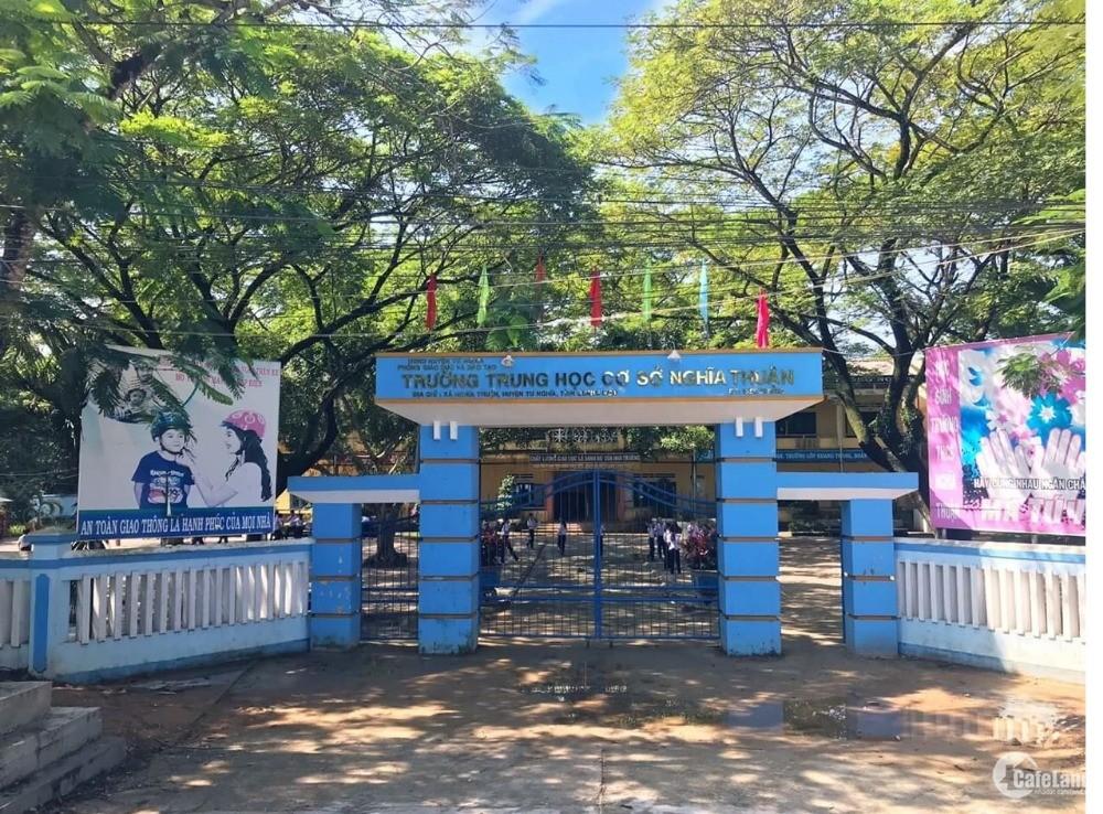 Bán Lô Góc Ngay Ủy Ban xã Nghĩa Thuận Chỉ Cách Đường 50M